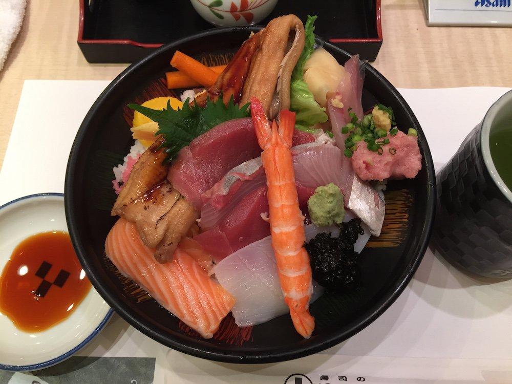 Midori Chirashi @ 1,000yen, Midori Zushi in Akasaka