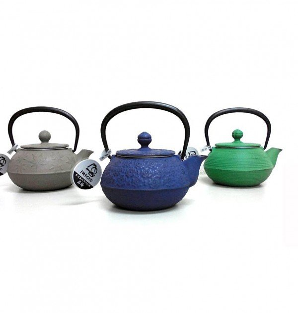 IWACHU Nanbu-Tekki Cast Iron Teapot - Style 3 Blue Handmade in Iwate