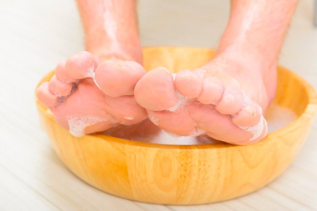 GRAPHICO Men's Herb Foot Soap