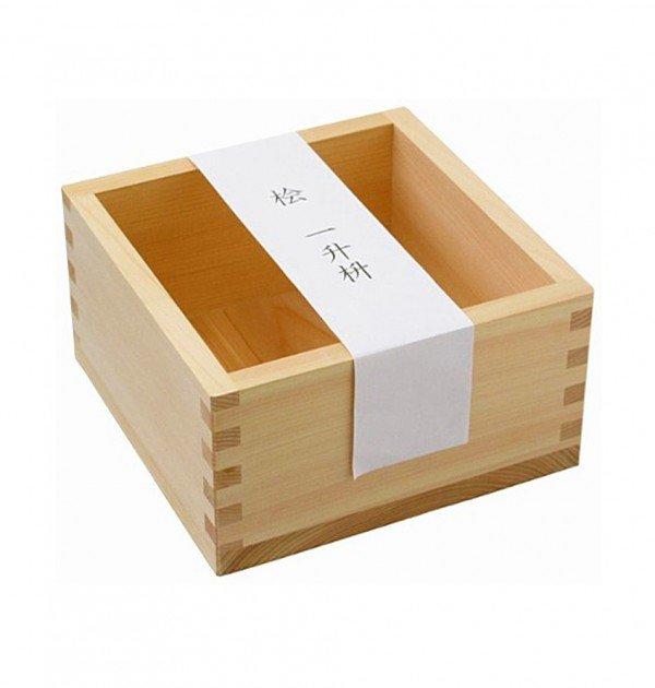 Hinoki Wooden Masu 1800ml - Japanese Cypress Sake Square Box