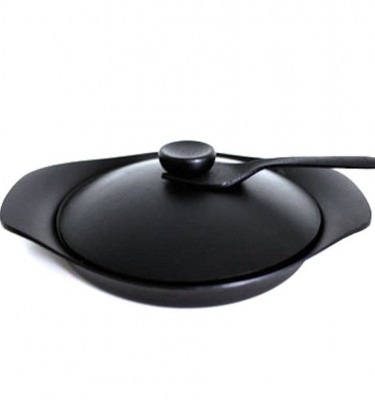 sori yanagi cast iron grill pan with lid nambu tekki cast ironware