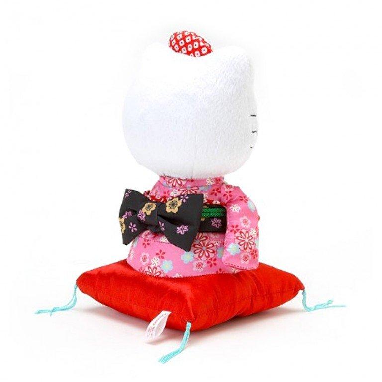 HELLO KITTY Kimono Sitting Doll