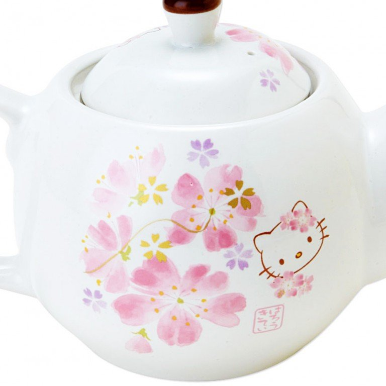HELLO KITTY Sakura Kimono Tea Pot - Hana Festival
