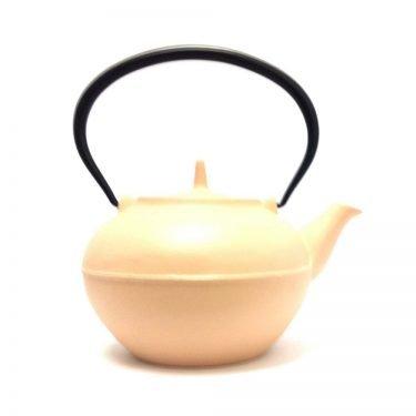IWACHU Nambu Tekki Hoju Teapot - Sakura