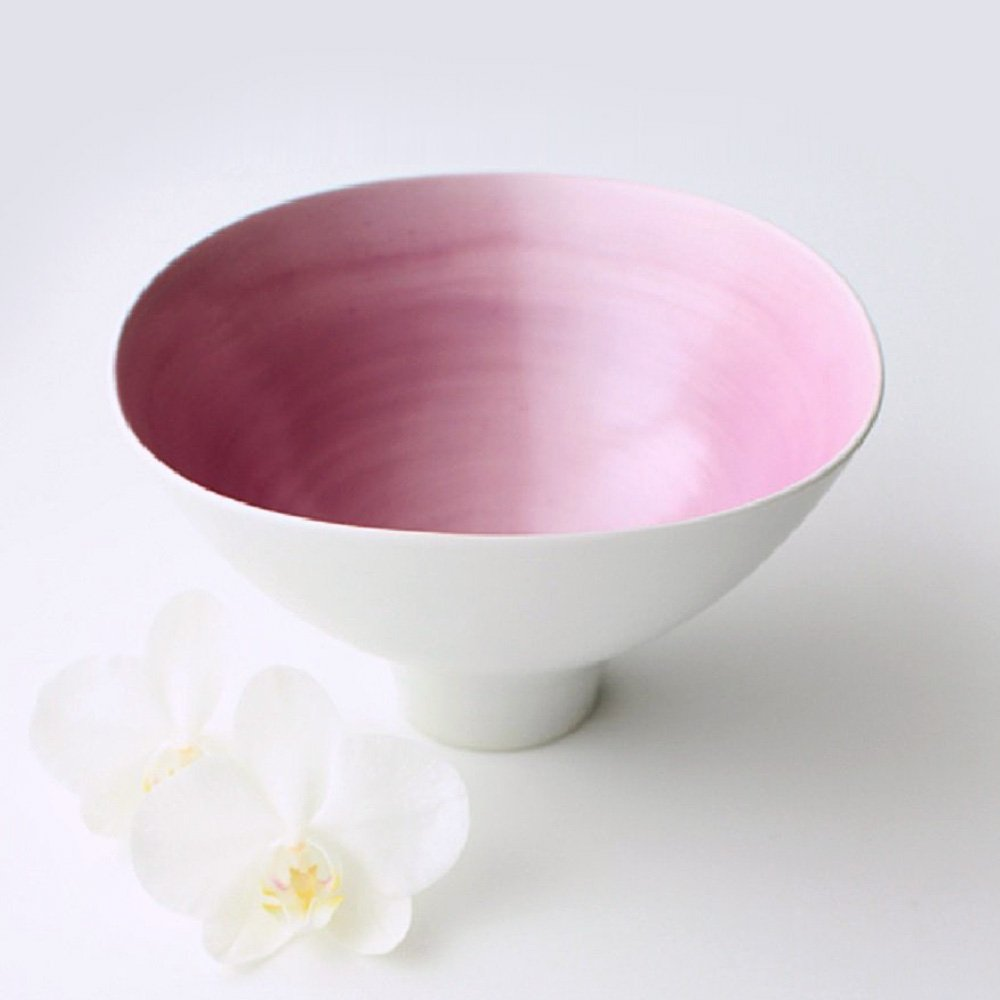 JAPAN CHERRY Arita Porcelain Wavy Bowl - Double-Flowered Sakura Cherry