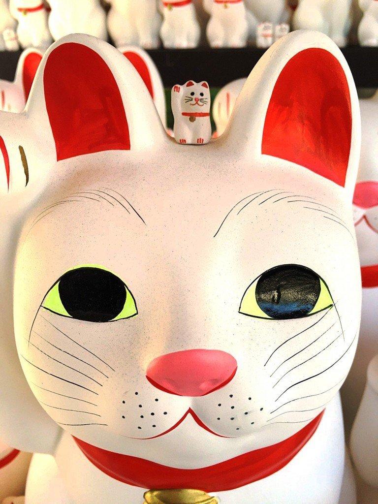Maneki Neko Waving Cat at Gotoku-ji in Tokyo