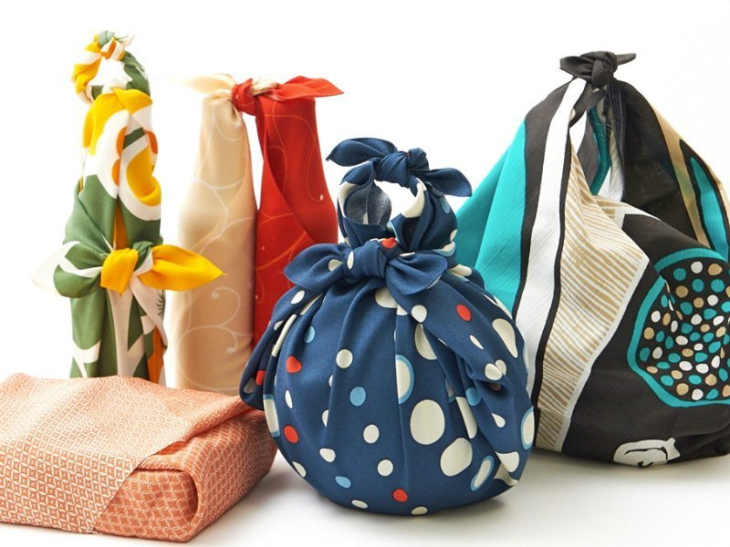 Furoshiki - Japanese traditional gift wrapping
