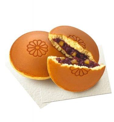 MARUKYO Hokkaido Red Bean Cake Dorayaki with Chestnuts Made in Japan