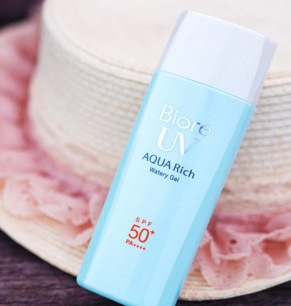 BIORE UV Aqua Rich Smooth Watery Gel SPF50 + /PA ++++ 90ml