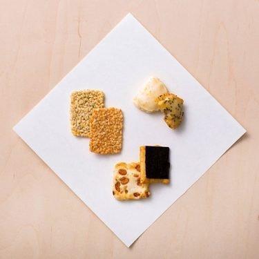 AKASAKA KAKIZAN A La Kashiko Rice Crackers Okaki Made in Japan