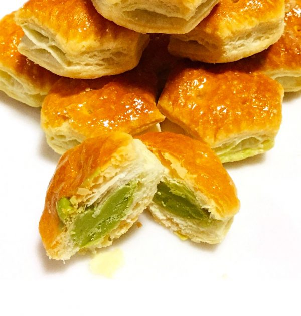 LOTTE Pie no Mi Matcha Pie Biscuit